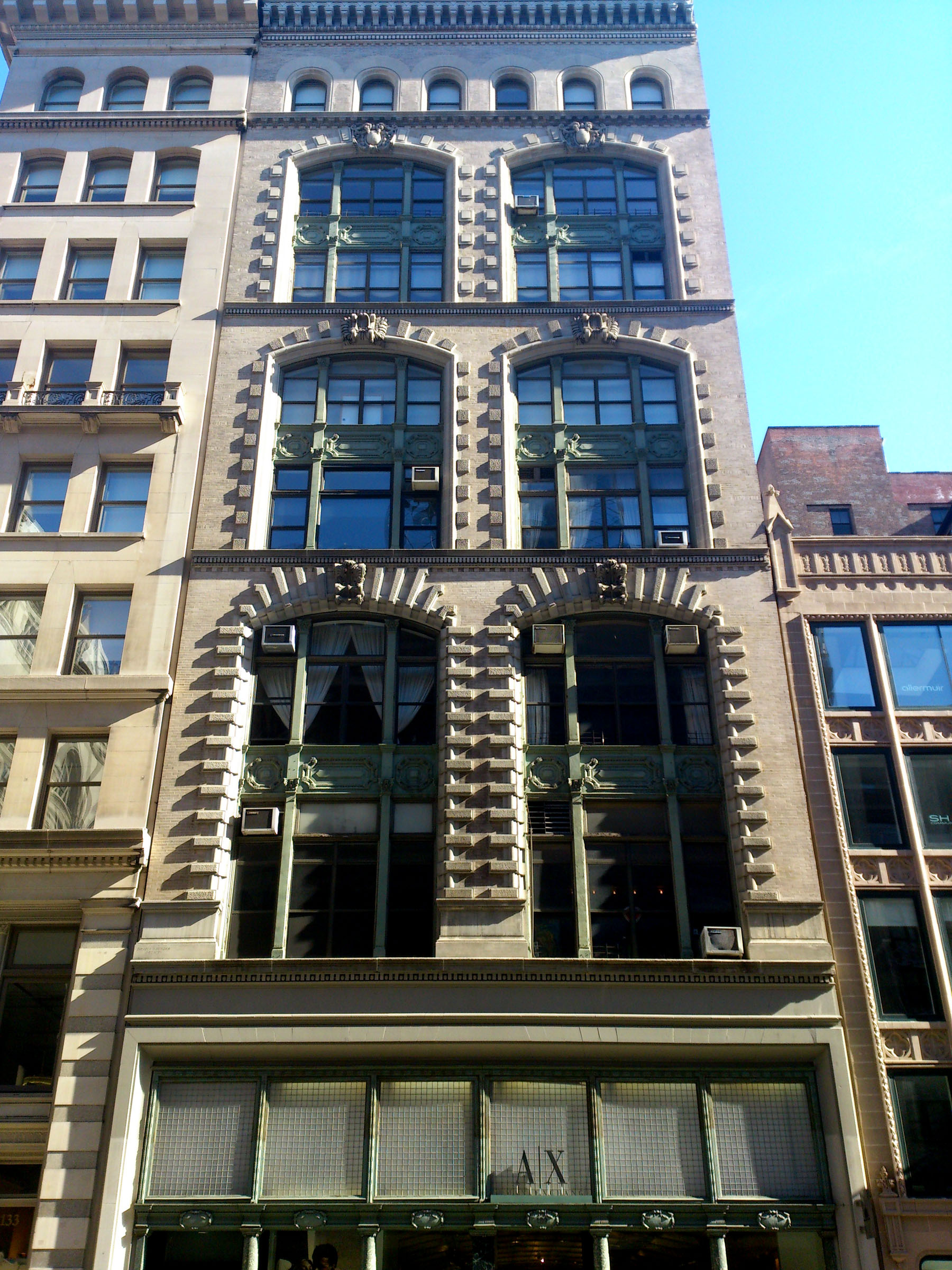 127 129 fifth avenue is an unusual beaux arts design for 130 william street 5th floor