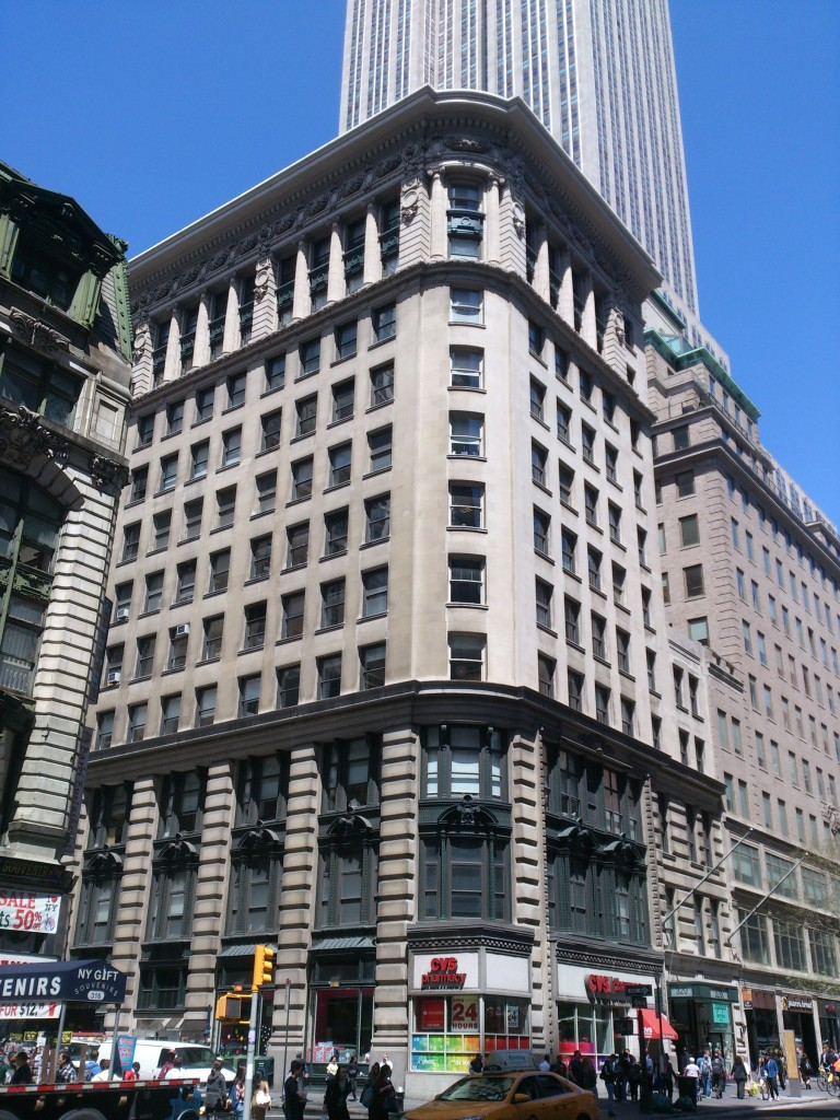320 Fifth Avenue, The Reed Barton Building