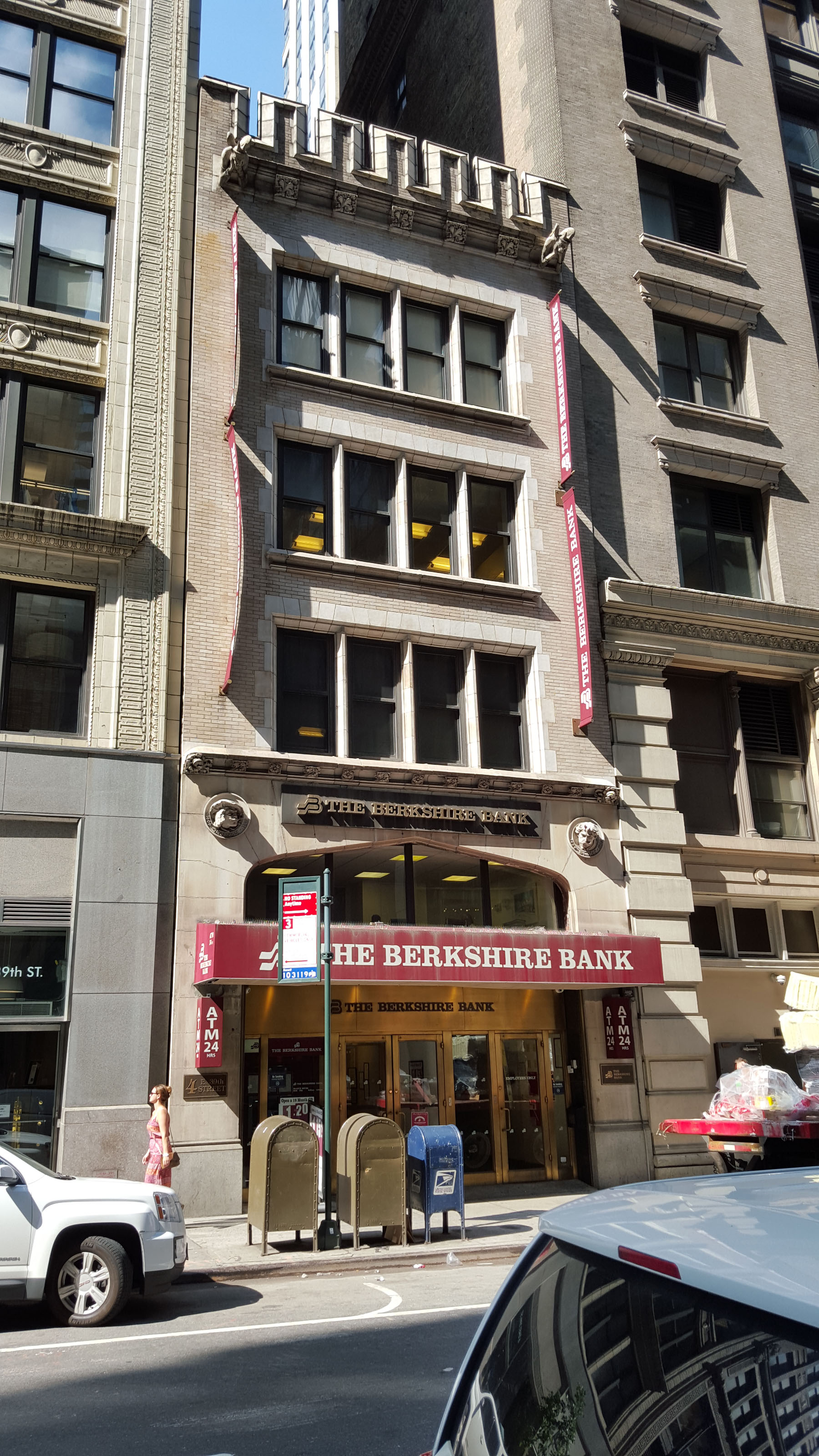 4 East 39th Street